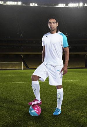 Centelleo pestillo grieta  PUMA Tricks Released ahead of 2014 World Cup - The Pundits