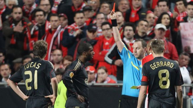 Ryan-Babel-of-Liverpool-is-shown-a-red-card-and-sent-off-by-Eriksson-during-a-game-against-Benefica-in-Portugal-in-2010