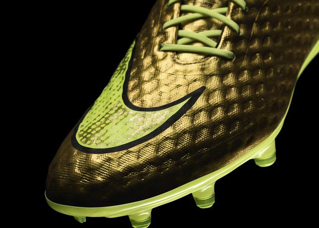 Golden Nike Boots For Neymar
