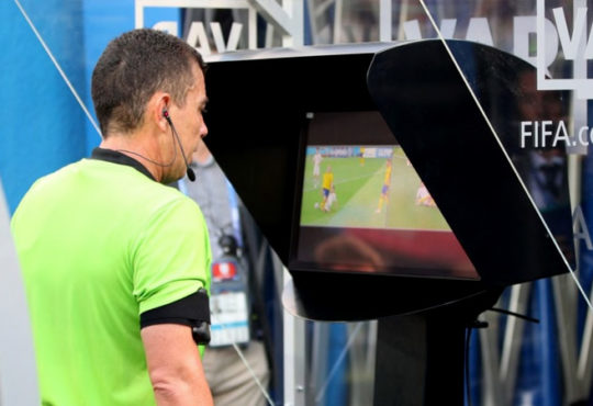 How Does VAR Work